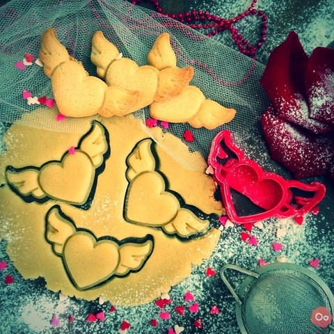Download free 3D printer templates Heart Wings Cookie Cutter, OogiMe
