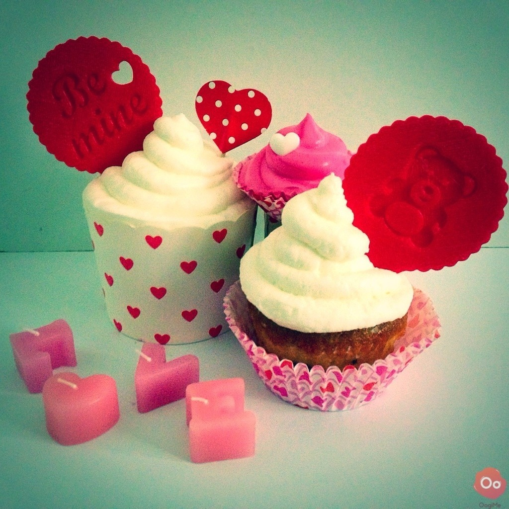 IMG_8235.jpg Download free STL file Be Mine Cupcake Topper • 3D print template, OogiMe