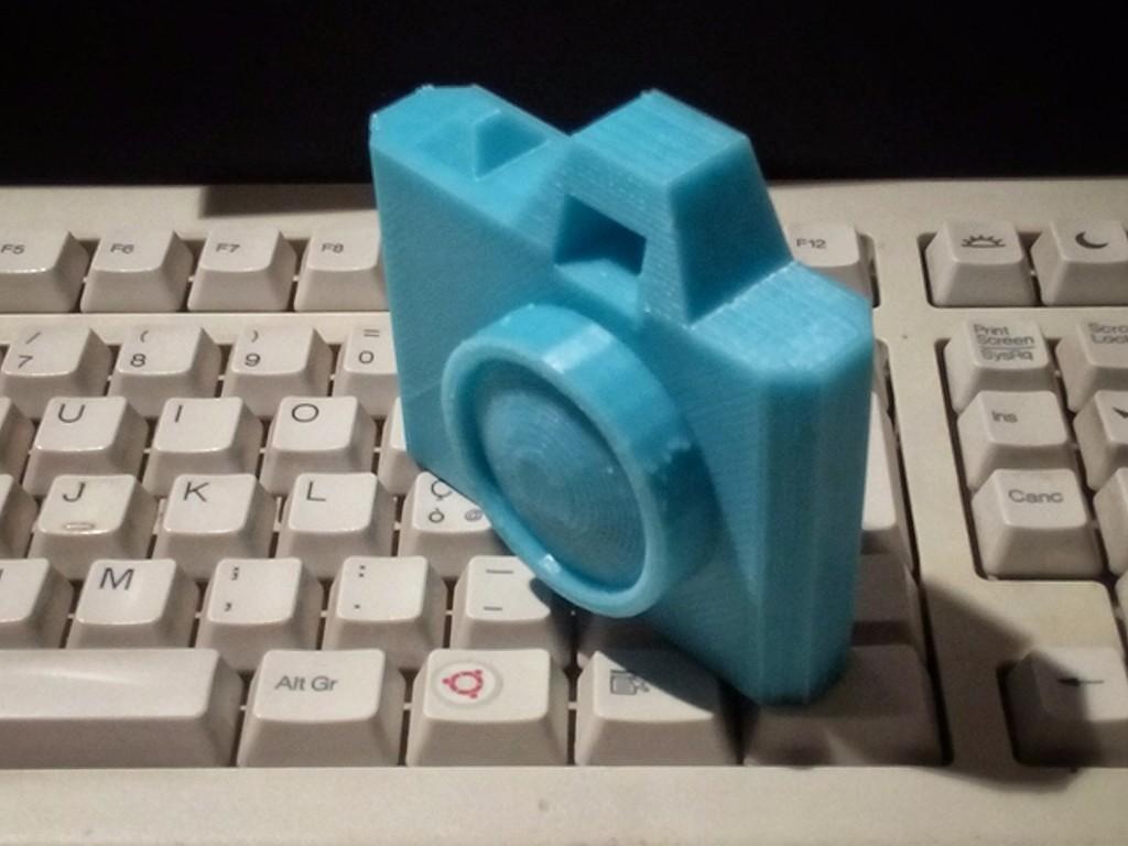 IMG_20140224_223739_101.jpg Télécharger fichier STL gratuit Caméra jouet • Design à imprimer en 3D, MarcoAlici