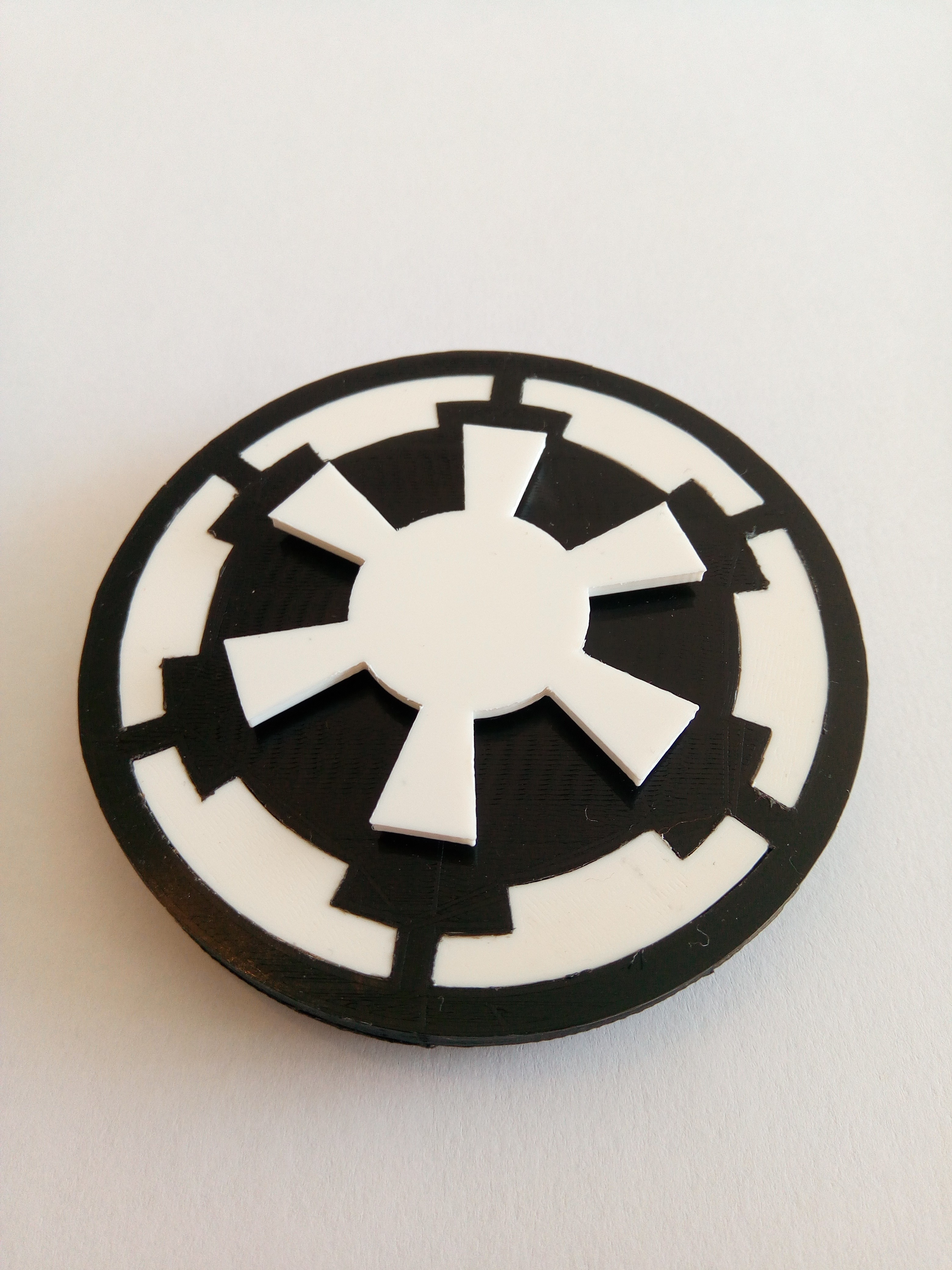 P_20170602_091438.jpg Download STL file Hand Spinner Star Wars • 3D printable template, Guich