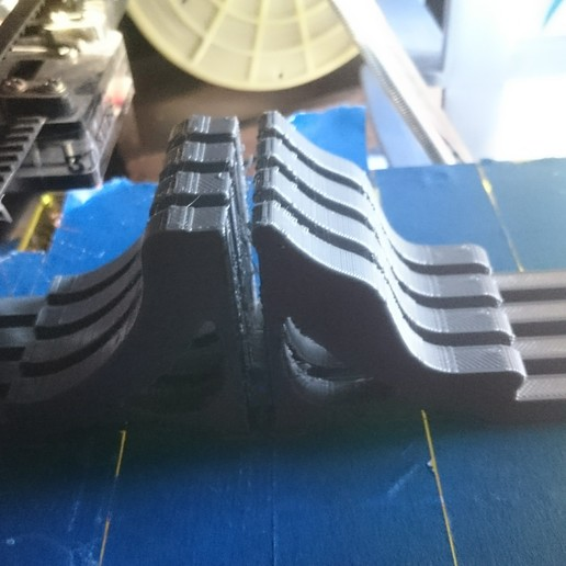 DSC_3149.jpg Télécharger fichier STL gratuit Jambes courbées mk1 pour les bols en spirale de la fille du père • Design pour impression 3D, JakG