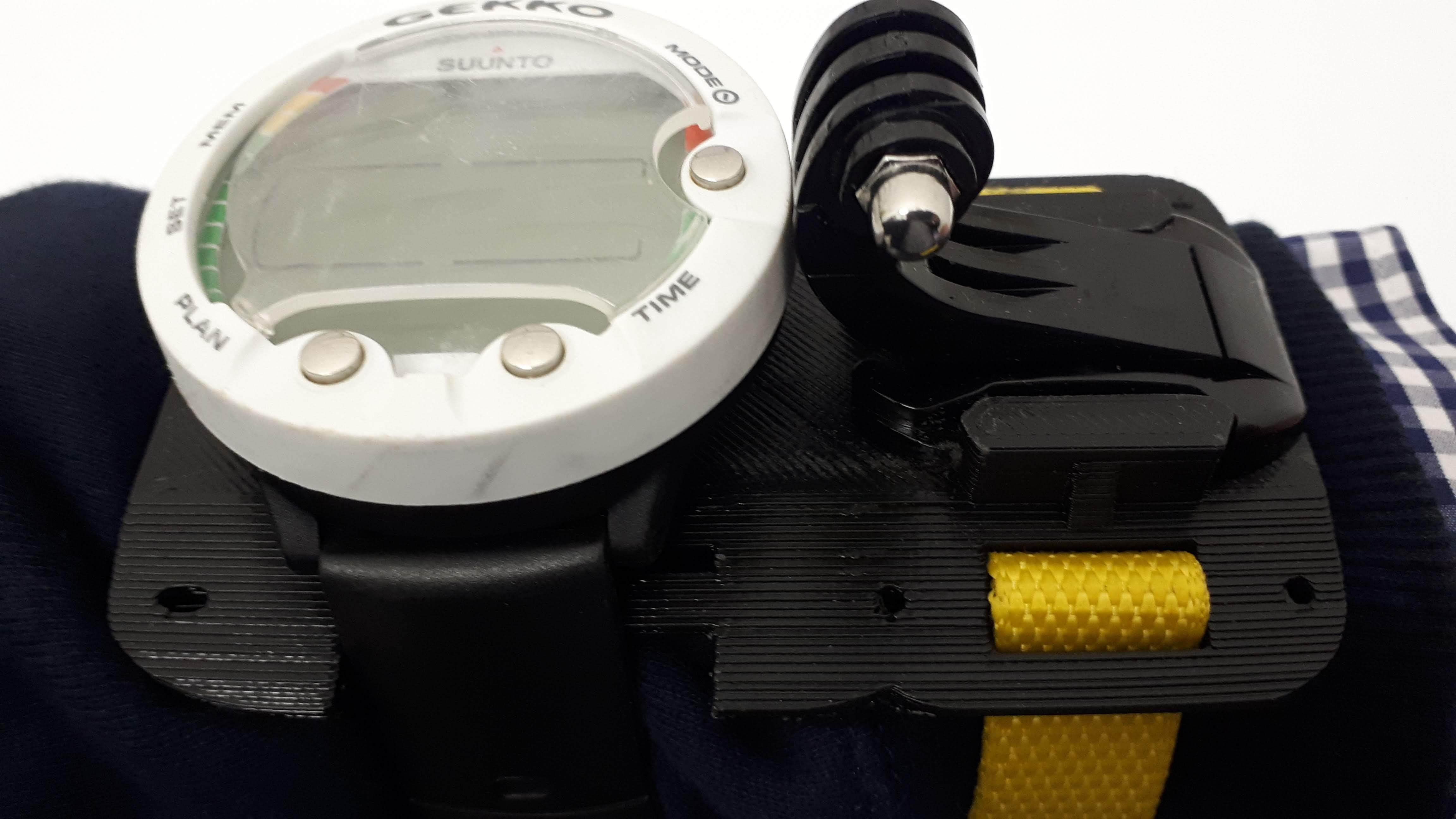 20181024_084712.jpg Download free 3MF file GoPro Wrist Mount for Scuba Diving • 3D print design, JakG