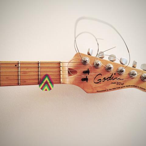 Capture d'écran 2016-12-13 à 17.18.14.png Download free STL file 351 Guitar Pick • 3D printable design, MosaicManufacturing