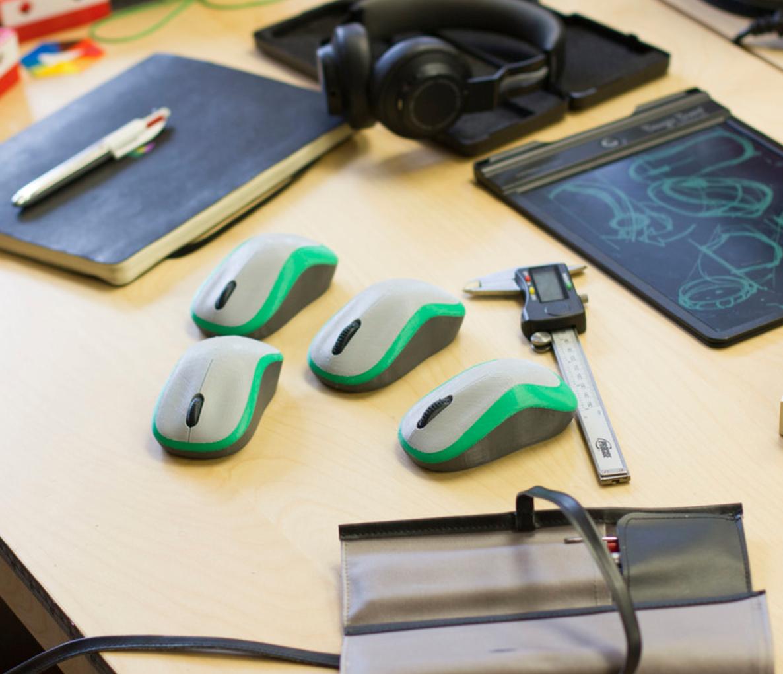 Capture d'écran 2017-04-28 à 17.30.21.png Download free STL file Multi-Color Computer Mouse Model: Industrial/Product Design • 3D printable model, MosaicManufacturing
