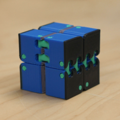 Free 3D printer file Multi-Color Kobayashi Fidget Cube, MosaicManufacturing
