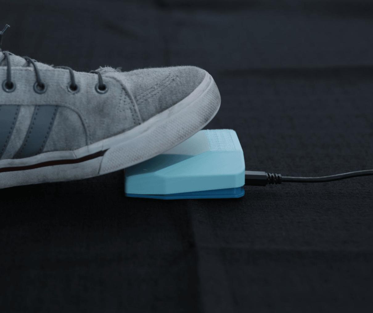 Capture d'écran 2018-03-21 à 11.04.26.png Download free STL file USB Foot Switch Controller • Model to 3D print, Adafruit