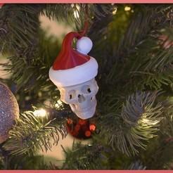 Descargar modelo 3D gratis Ornamento de la Calavera de Papá Noel, Adafruit