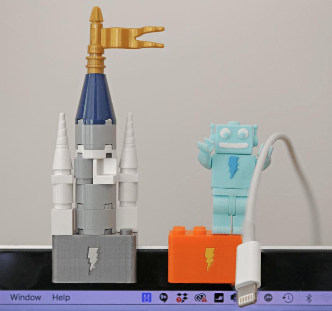 Capture d'écran 2018-03-29 à 10.04.00.png Download free STL file Webcam Cover-Up Lego brick with Adabot Mini Fig • 3D printable design, Adafruit