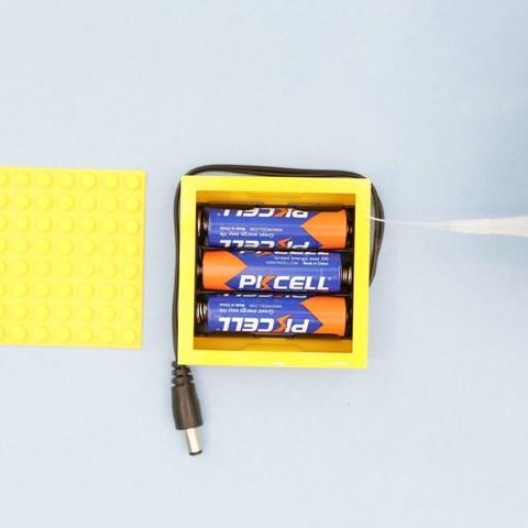 997c6d20b6d8f7b27bf62bc92683c8df_display_large.jpg Download free STL file LEGO Compatible Battery Case • 3D printer design, Adafruit