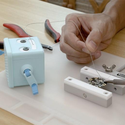 hero-tinning.jpg Download free STL file Hand Crank Solder Dispenser • 3D printable design, Adafruit
