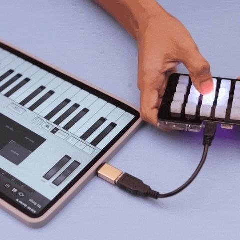 """Télécharger modèle 3D gratuit Pare-chocs 11"""" iPad Pro 2018, Adafruit"""