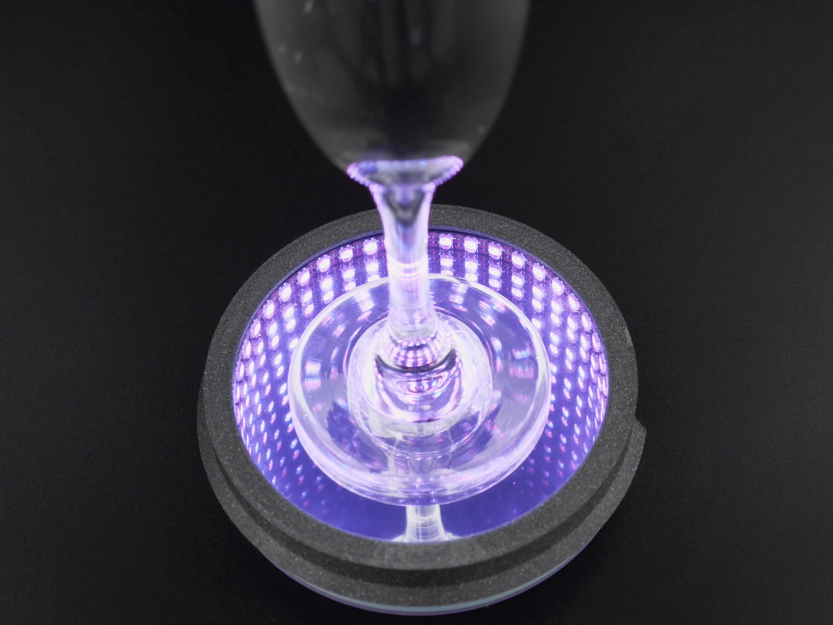 hero-glass-cup.jpg Télécharger fichier STL gratuit Miroir Infini • Objet à imprimer en 3D, Adafruit