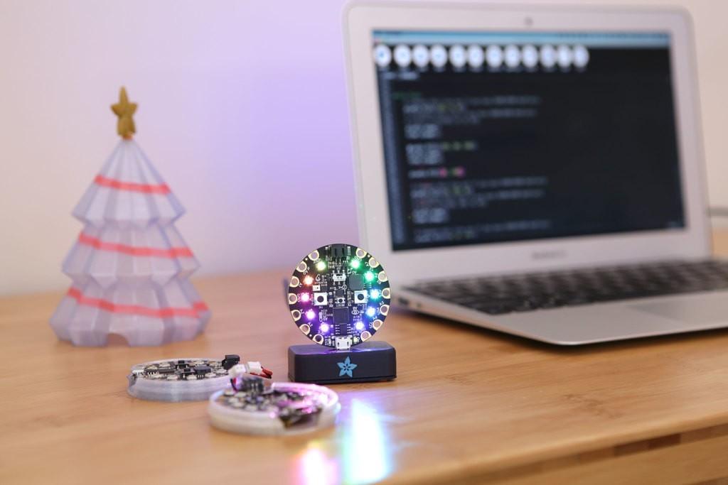 fbf01edc2f796d5a016755c2caf3f3cb_display_large.jpg Download free STL file Christmas Tree for Circuit Playground • 3D printer model, Adafruit