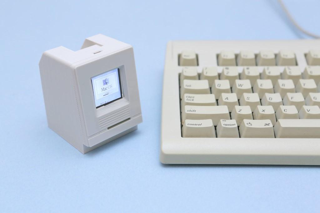 040a1786e732022bb9e580ad9a38f43c_display_large.jpg Télécharger fichier STL gratuit HalloWing Mac M0 • Modèle à imprimer en 3D, Adafruit