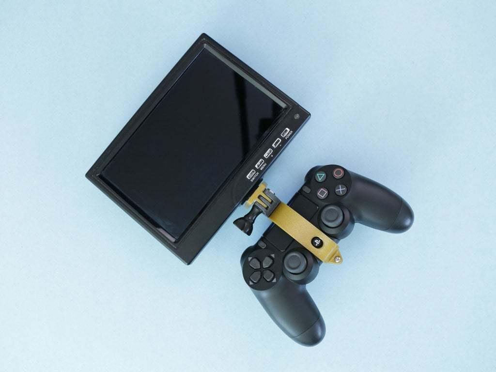 display-gamepad-installed.jpg Download free STL file PS4 Display Tripod Mount • Template to 3D print, Adafruit