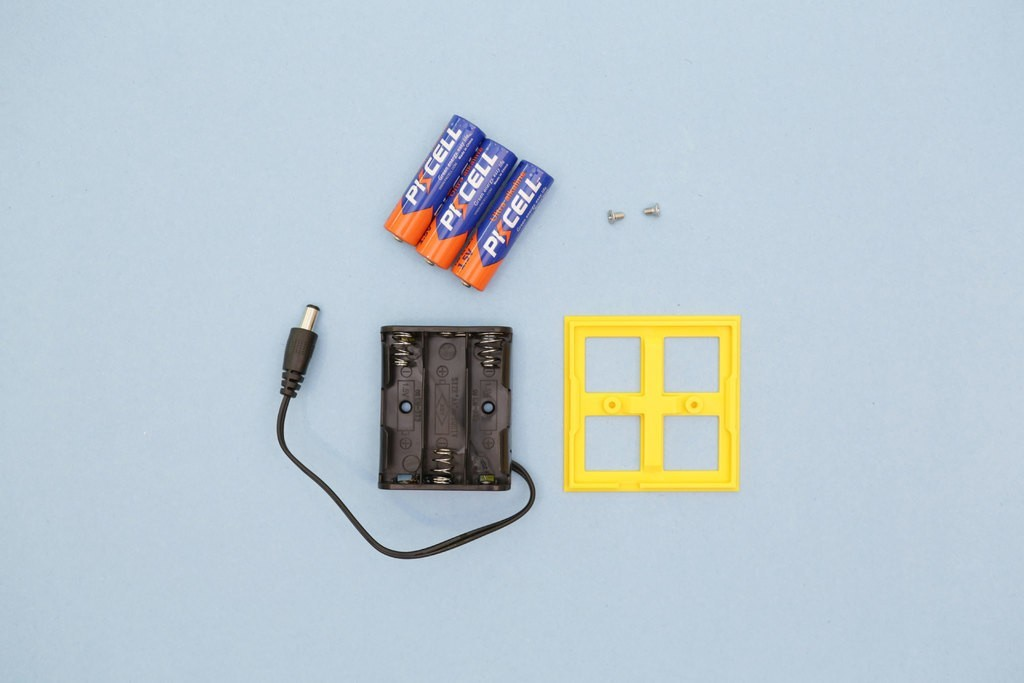 76691edfe49a66d25768044592897a34_display_large.jpg Download free STL file LEGO Compatible Battery Case • 3D printer design, Adafruit