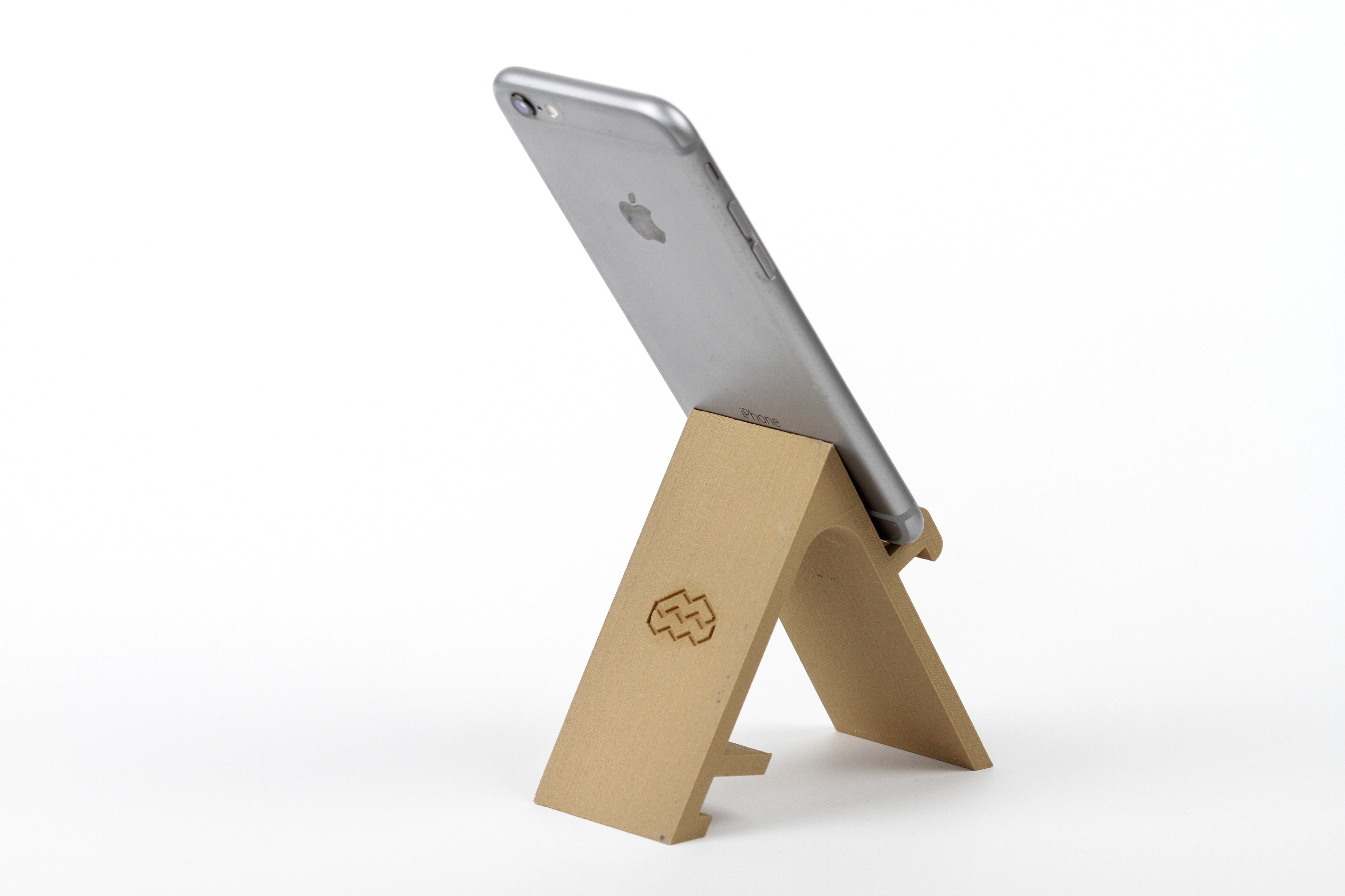 IMG_8151.JPG Download STL file STAND: the different smartphone holder • 3D printable model, MonzaMakers