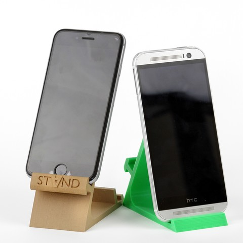 IMG_8100.JPG Download STL file STAND: the different smartphone holder • 3D printable model, MonzaMakers