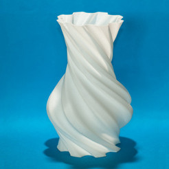 Free 3D printer file Round vase (torqued or not), Egon