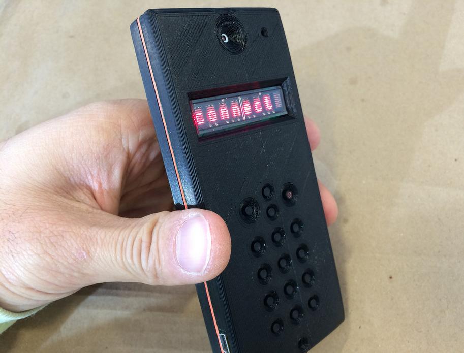 Capture_d__cran_2015-01-28___16.56.35.png Télécharger fichier STL gratuit DIY Cellphone Body • Objet imprimable en 3D, CWandT