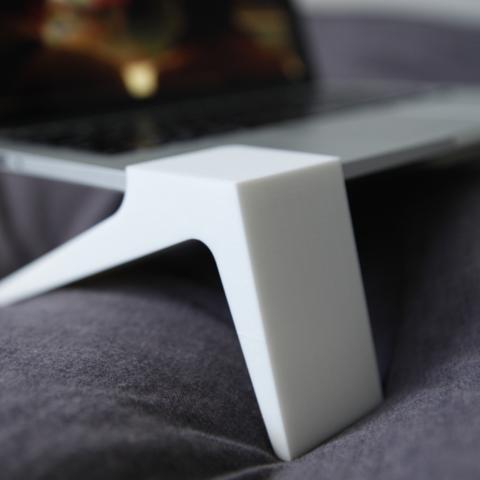 Capture_d__cran_2015-01-28___17.30.32.png Download free STL file Laptop Legs • 3D printer template, CWandT