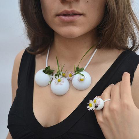 5.jpg Download free STL file Demi-Sphere flowerpot necklace • 3D printable model, leFabShop