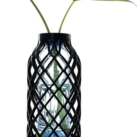 FullSizeRender 8.jpg Download STL file PET Bottle Vase • Template to 3D print, Roger