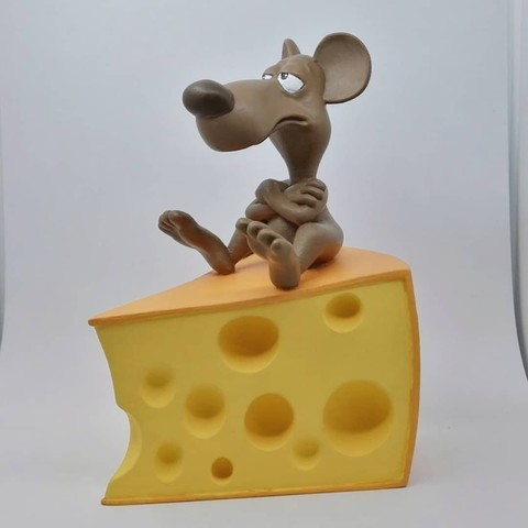 IMG_20180318_185845_425.jpg Download OBJ file A rat on a cheese • Object to 3D print, didoff