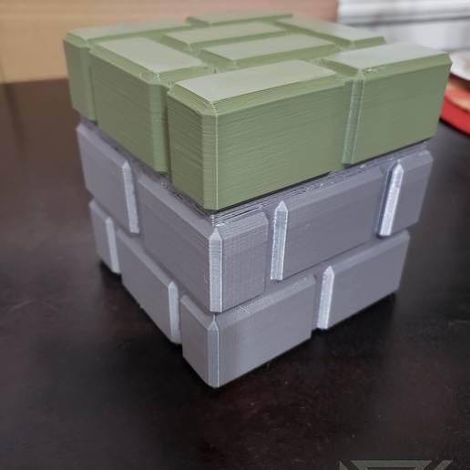20190118_191416-12066060671834093070.jpg Download free STL file Mario Brick Piggy Bank • 3D printable model, Dsk