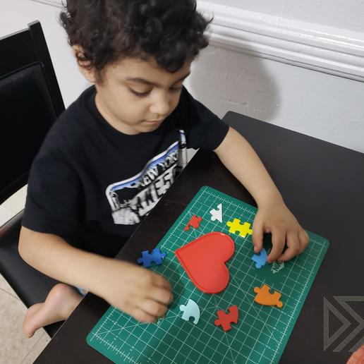 daniel.jpg Download free STL file Autism Awareness Month Puzzle 2019 • Model to 3D print, Dsk