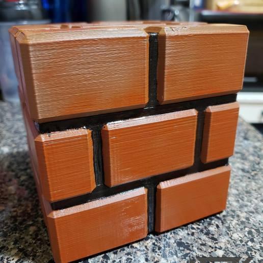 20190119_011142-19120177970629770751-1.jpg Download free STL file Mario Brick Piggy Bank • 3D printable model, Dsk