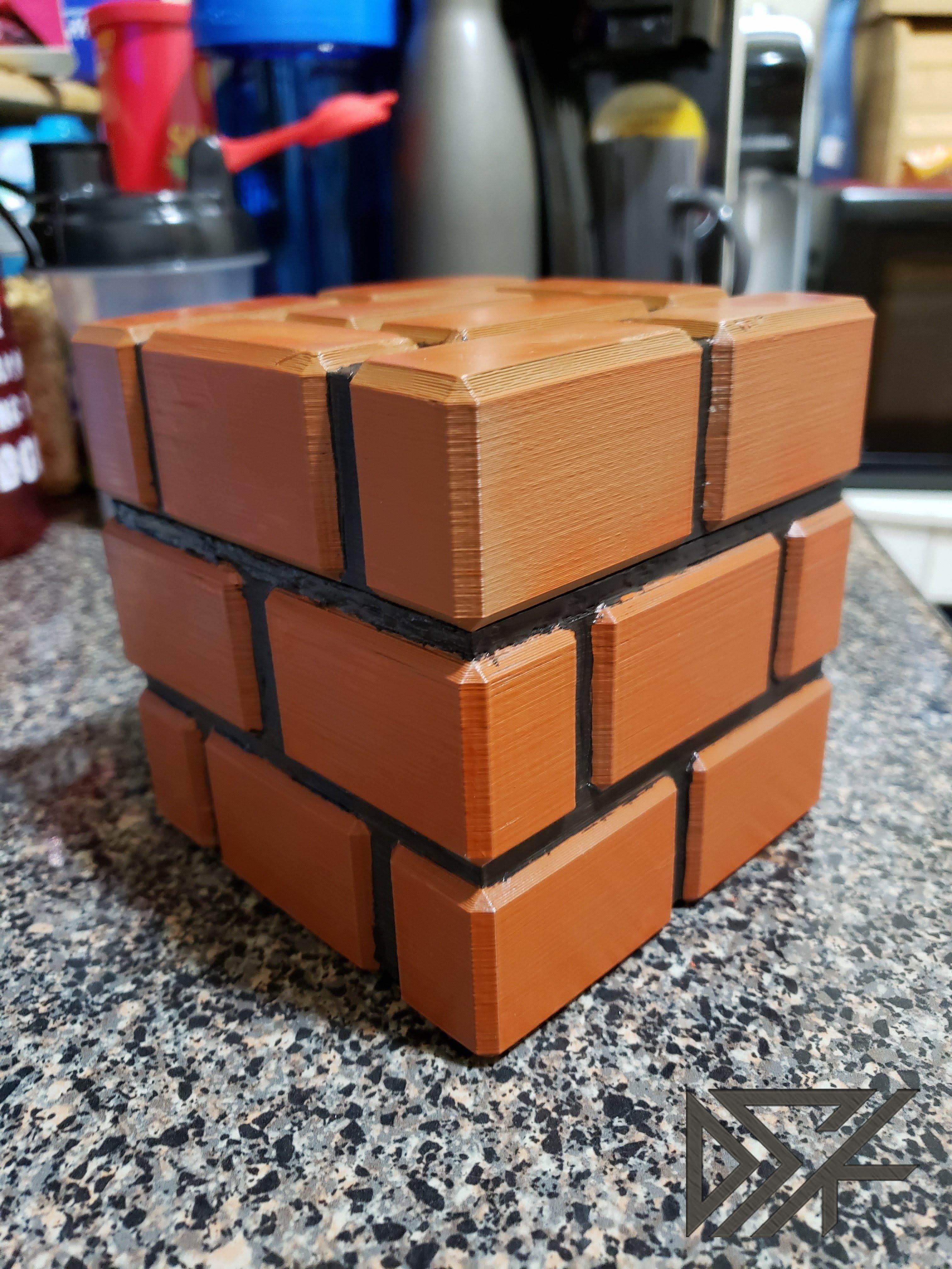 20190119_011051-14220323285742737968.jpg Download free STL file Mario Brick Piggy Bank • 3D printable model, Dsk