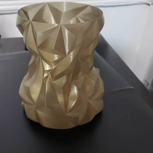 Download free STL file Rounded Faceted Vase • 3D printable design, Dsk