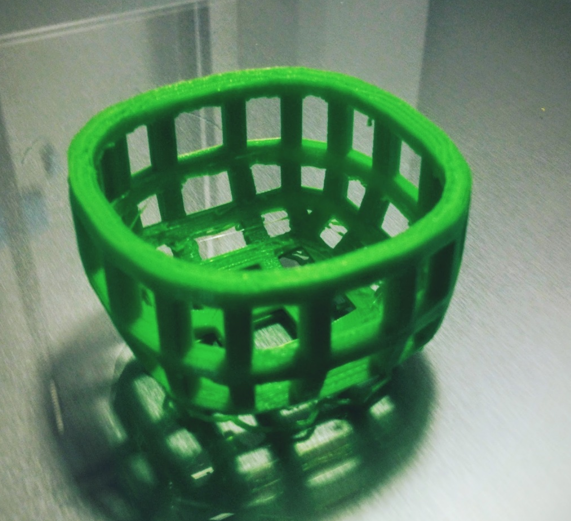 Capture d'écran 2017-10-24 à 14.10.06.png Download free OBJ file Small round wire basket (square profile) • 3D printer model, tone001