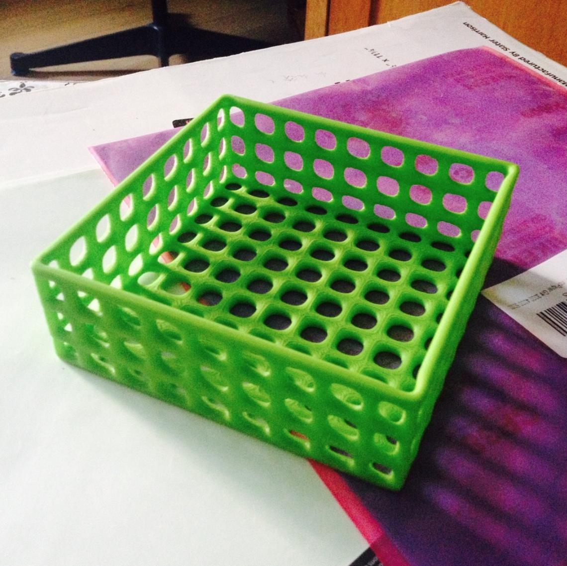 Capture d'écran 2017-10-24 à 14.13.52.png Download free STL file Square wire basket tray • 3D printing model, tone001