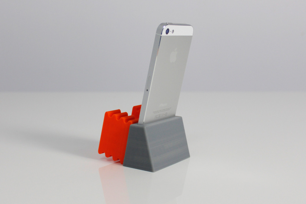 4_display_large.jpg Download free STL file iPhone 5 Amp • Template to 3D print, Zortrax