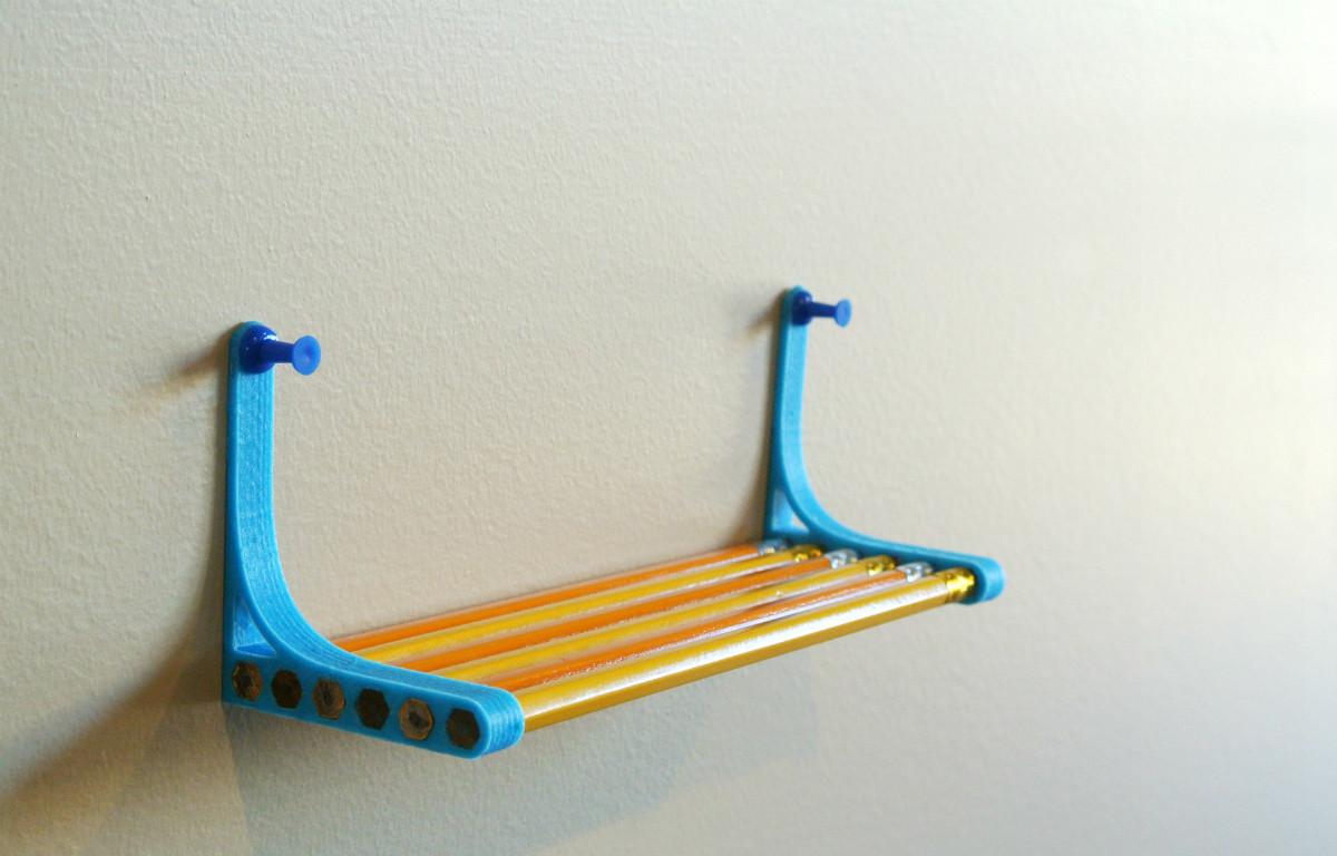 pencil_shelf00.jpg Télécharger fichier STL gratuit Pencil Shelf • Objet pour imprimante 3D, WallTosh