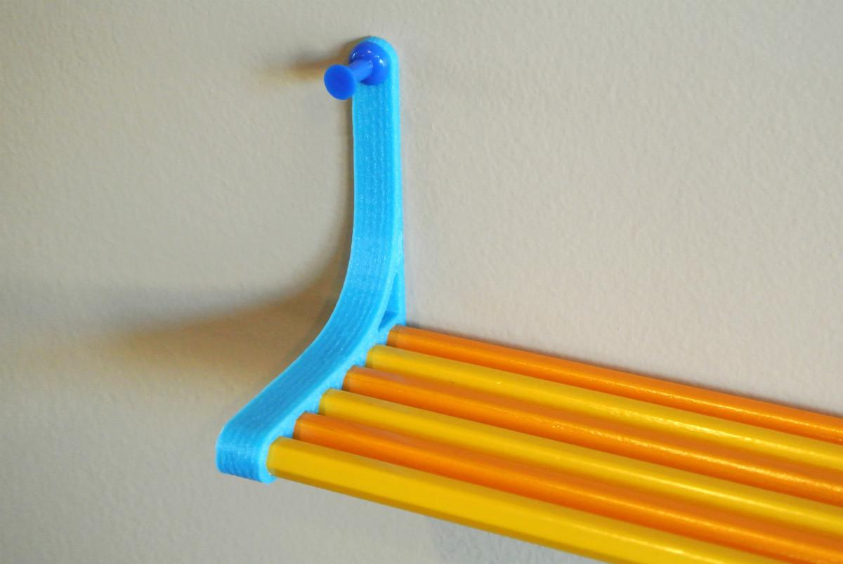 pencil_shelf01.jpg Télécharger fichier STL gratuit Pencil Shelf • Objet pour imprimante 3D, WallTosh