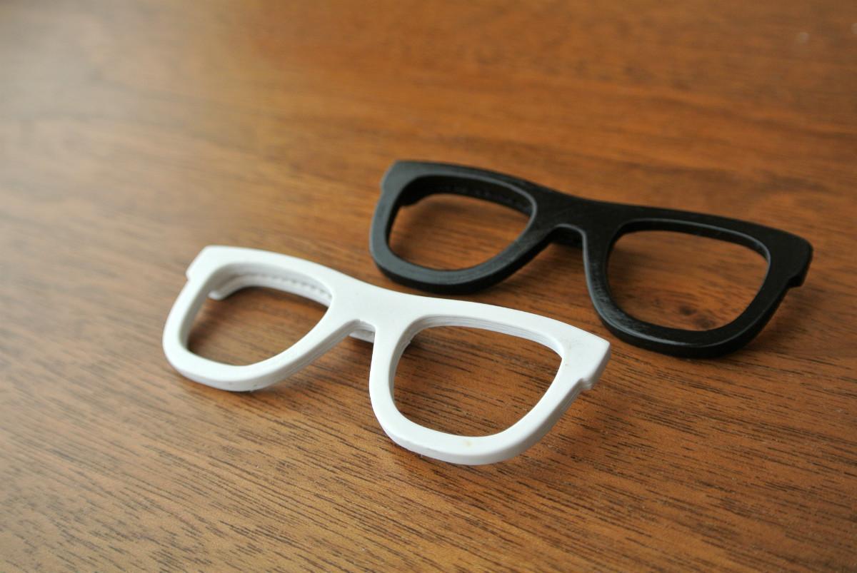 glasses02.jpg Télécharger fichier STL Pince à cheveux en forme de lunettes • Modèle à imprimer en 3D, WallTosh
