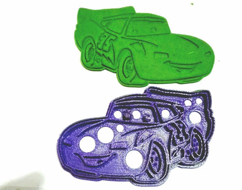 14666064_954797764625014_2594720136134737500_n.jpg Download STL file cookies cutter Rayo McQueen, Cortante de Galletas  Rayo McQueen • Model to 3D print, abauerenator