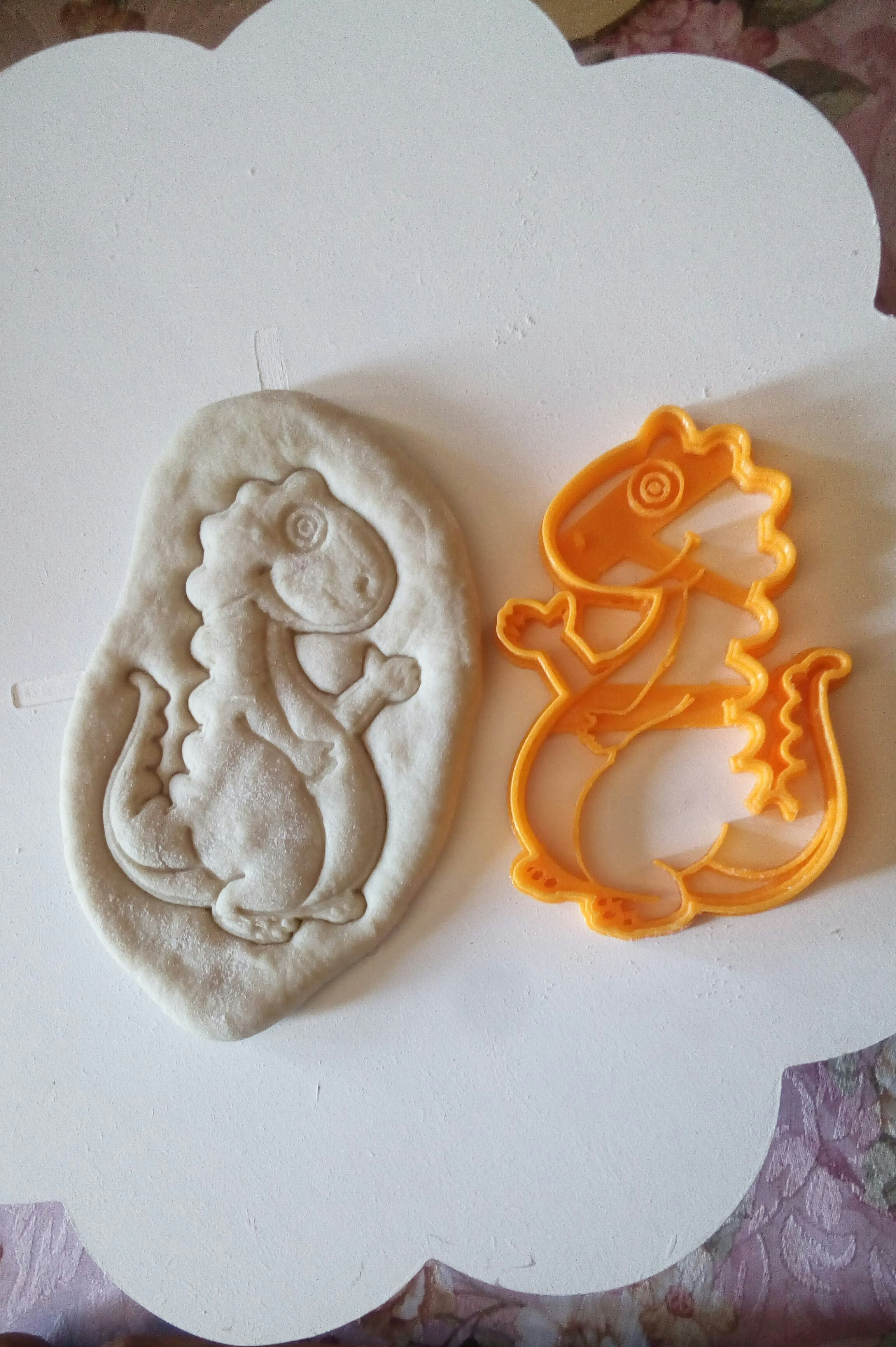 IMG_20180923_130335_200.jpg Download STL file Dinosaur cookies cutter DINO • 3D printable model, abauerenator