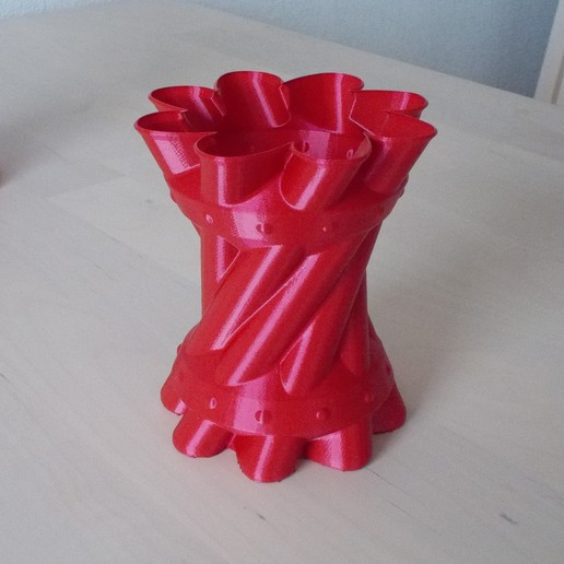 pot 2.JPG Télécharger fichier STL gratuit pot à crayons • Design pour imprimante 3D, Yvius