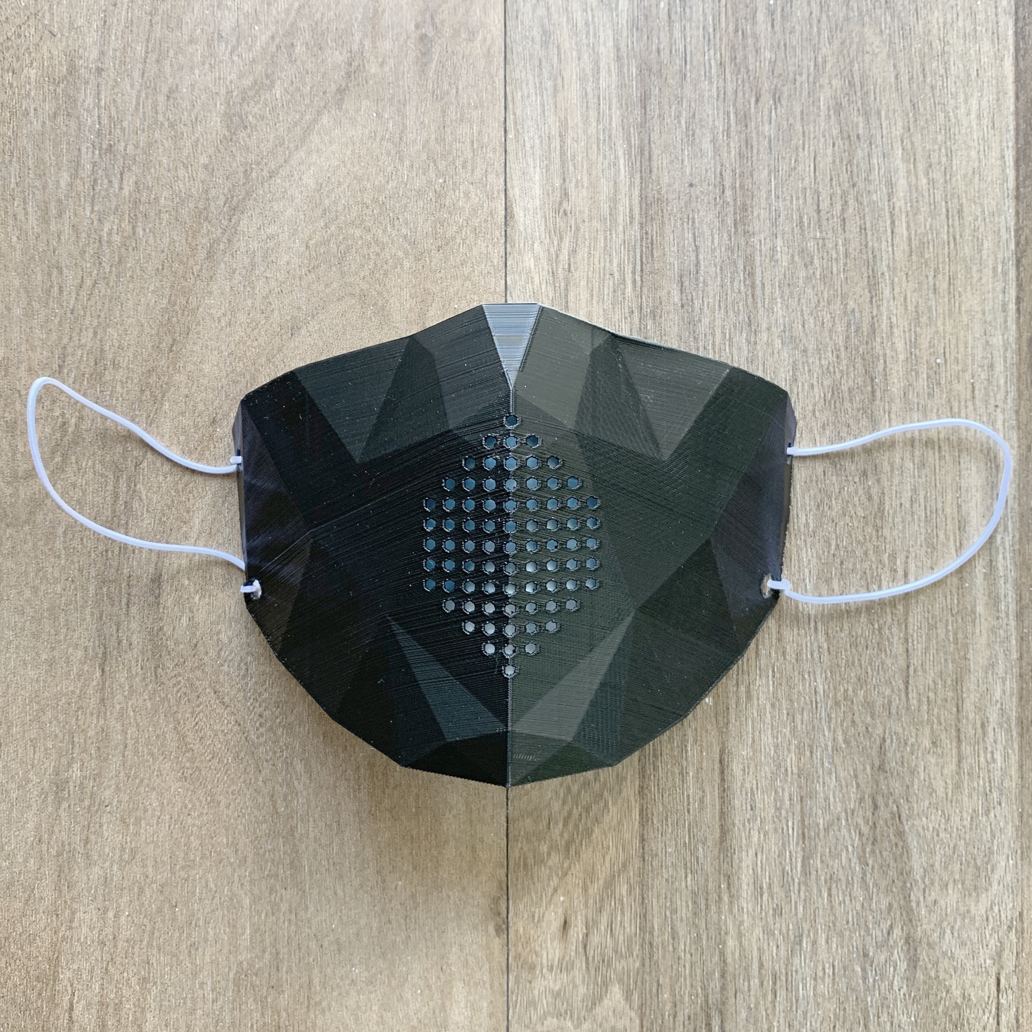 Low Poly Mask.jpg Download STL file Low Poly Masks • 3D printer model, biglildesign