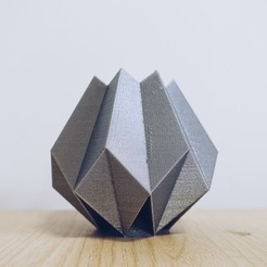 stl files Low Poly Folded Vase, biglildesign