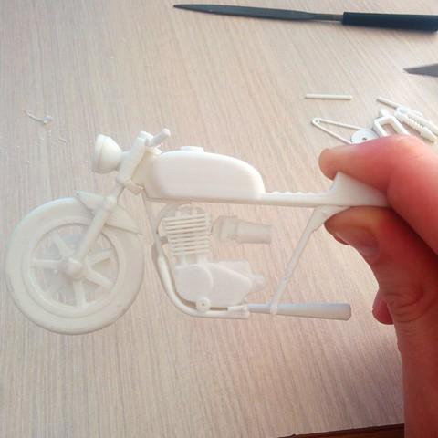 Free 3d printer files Moto Cafe Racer scalemodel, tzo