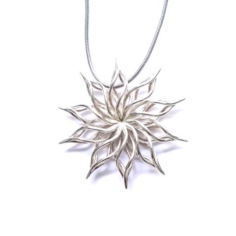 Download STL file sunflower pendant • 3D print object, ideamx