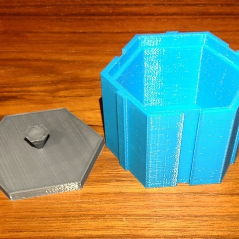 0a1439e7fa0fa86a9248e33a2996765a_display_large.jpg Download free STL file HexBox2 • 3D print model, Birk