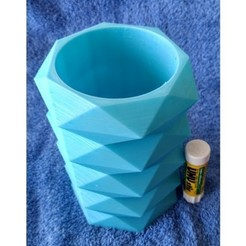 Free Faceted Vase 1 3D printer file, Birk