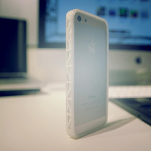 Bumper_iPhone_5_truss_Dakodadesign_cults_3D_1.jpg Download free STL file Bumper iPhone 5 • 3D printing design, Cults