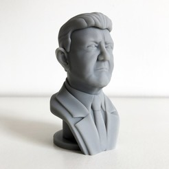 JLM 1 BIS.jpg Download free STL file Jean-Luc Mélenchon • 3D print object, Cults